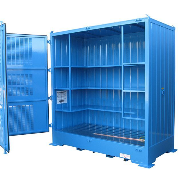 Relocatable #dangerousgoods store engineered and manufactured by #STOREMASTA. This dangerous goods store has the capacity to hold 96 x 20L drums.  It is manufactured in Australia in full conformance to AS1940-2004.