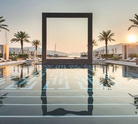 Frame your Moment. Spectacular pools are sometimes found in unexpected places. This one lies on the Marina of Porto Montenegro at the Regent Porto Montenegro Hotel. #infinitypool #marina #montenegro #portomontenegro #daypass #wellness #luxurylife #poolday #palmtrees #luxurylifestyle #gem #sunset pic by @regentportomontenegro