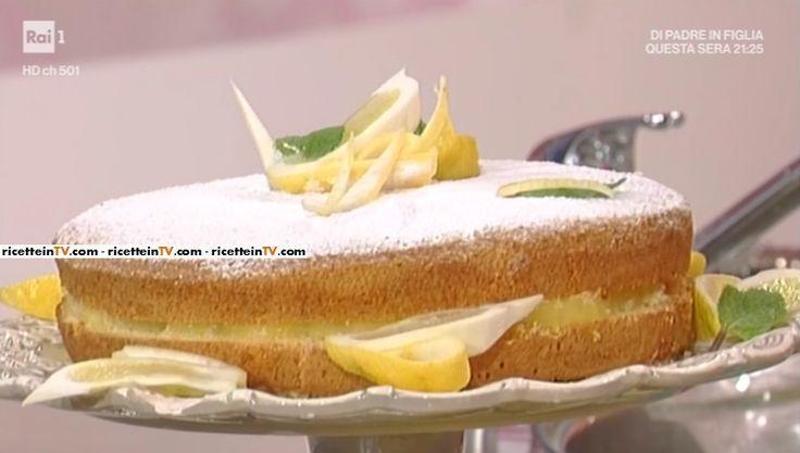 """La ricetta della torta al limone di Liliana di Anna Moroni del 2 maggio 2017, a """"La prova del cuoco""""."""