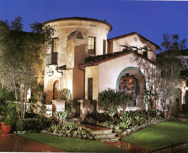 25 Best Ideas About Spanish Colonial Homes On Pinterest