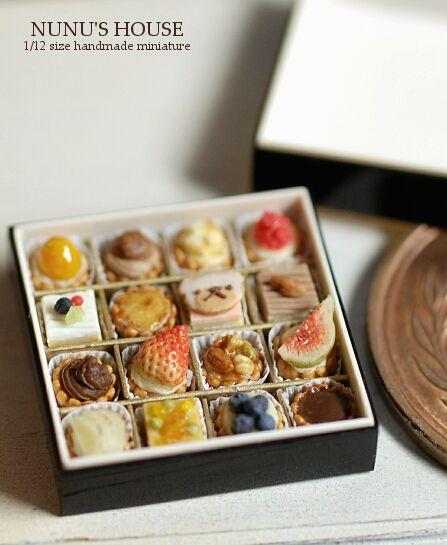 *petit four in お重* - *Nunu's HouseのミニチュアBlog* 1/12サイズのミニチュアの食べ物、雑貨などの制作blogです。