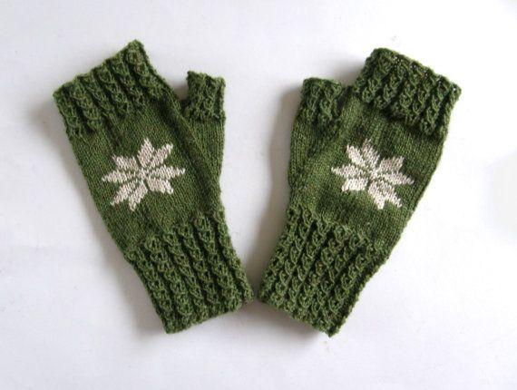 Vingerloze wanten  handschoenen Groen met ster door Carolinevantveer