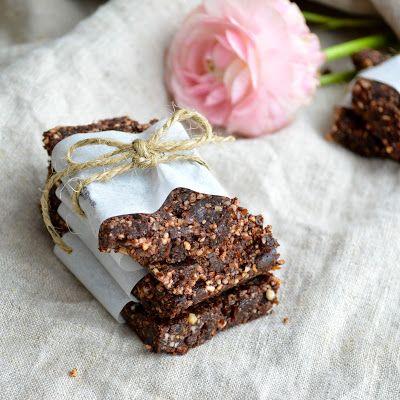 Paleo Cocoa Lara Bars