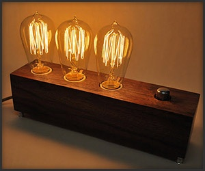 Love the look of this Edison style lamp.