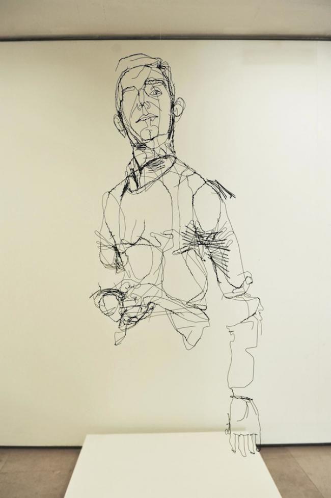 http://www.netzpiloten.de/skulpturen-aus-draht-die-aussehen-wir-gezeichnet-von-david-oliveira/