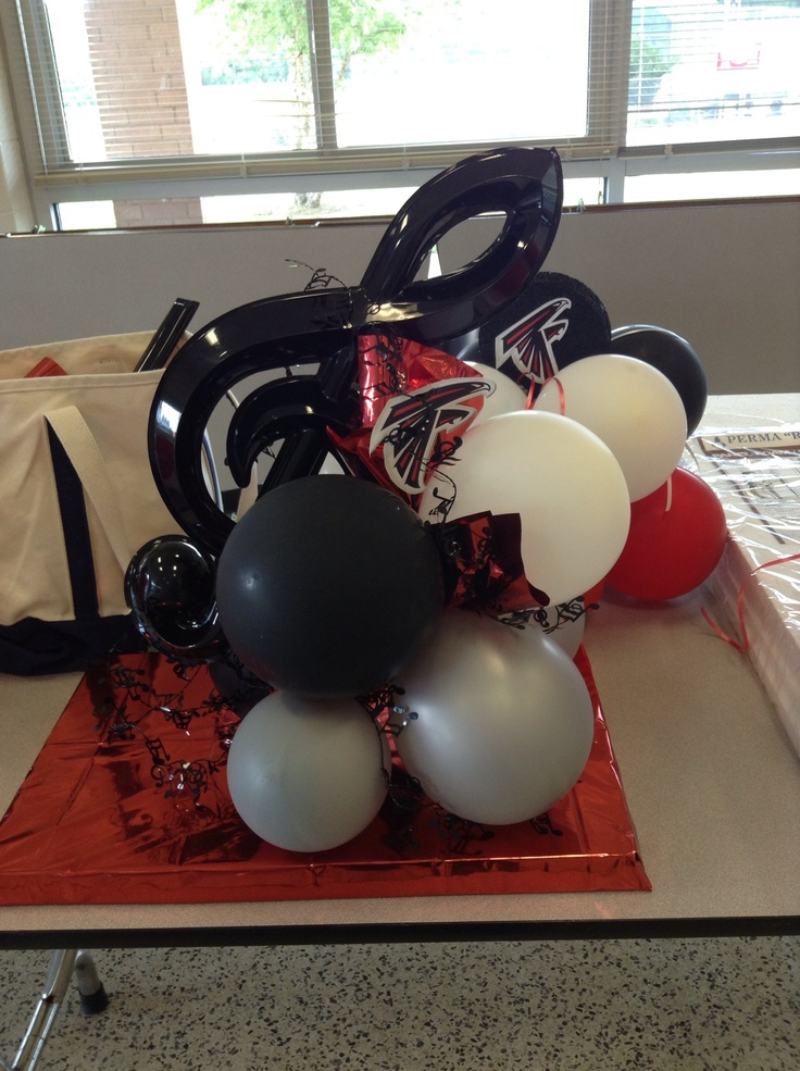 Treble clef balloon centerpiece for band banquet i made
