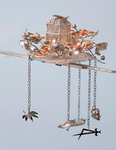 檜扇に鳥籠飾り金銀珊瑚びらびら簪