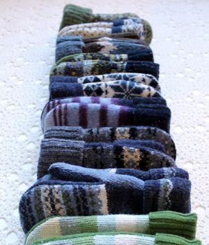 Sweaters to mittens   The Renegade Seamstress (via Sew Mama Sew)
