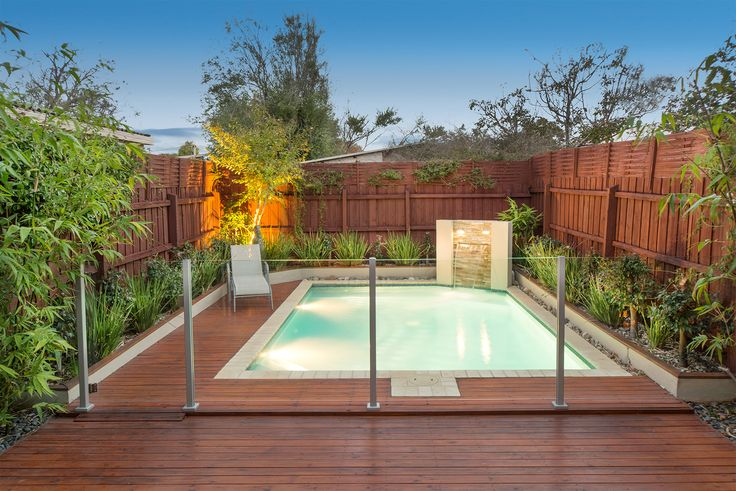 Semi frameless stainless steel pool fencing - 1250mm