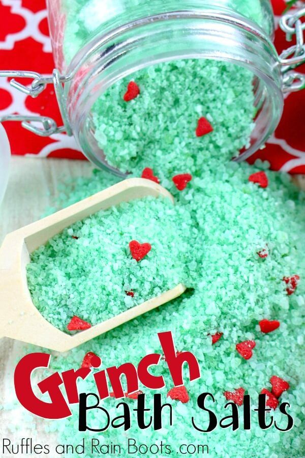Make Some Easy Grinch Bath Salts and WOW Them All!