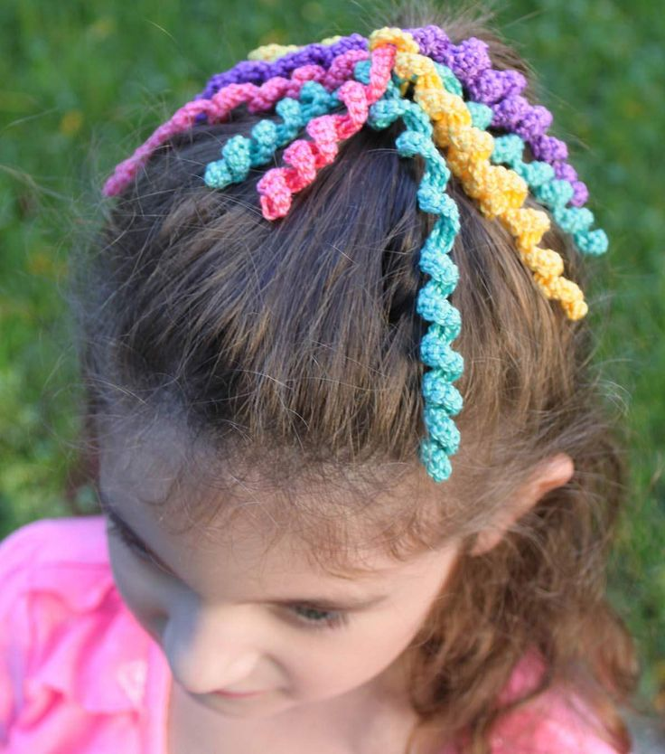 Curly Crochet Pearl Ponytail Holder
