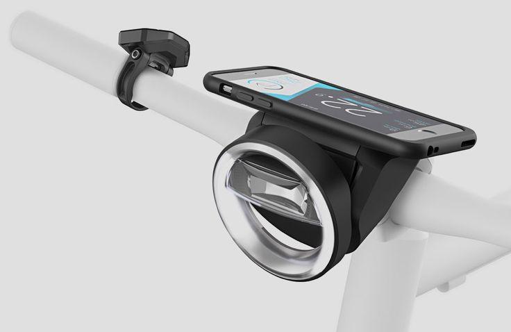 Zur Eurobike präsentiert Schindelhauer das neue Smart-Bike Jacob. Dank der eingebautenSmartphone-Anbindung von Cobi bietet das Radüber 100 Featureswie Navigation, Anrufe, Fahrradklingel,Wettervorhersage, Musikplayer,Alarmanlage oder eine Smartphone-Halterung mit Ladefunktion. Beim neuen Jacob handelt es sich zunächst um ein Singlespeed-Rad mit den typischen … Weiterlesen