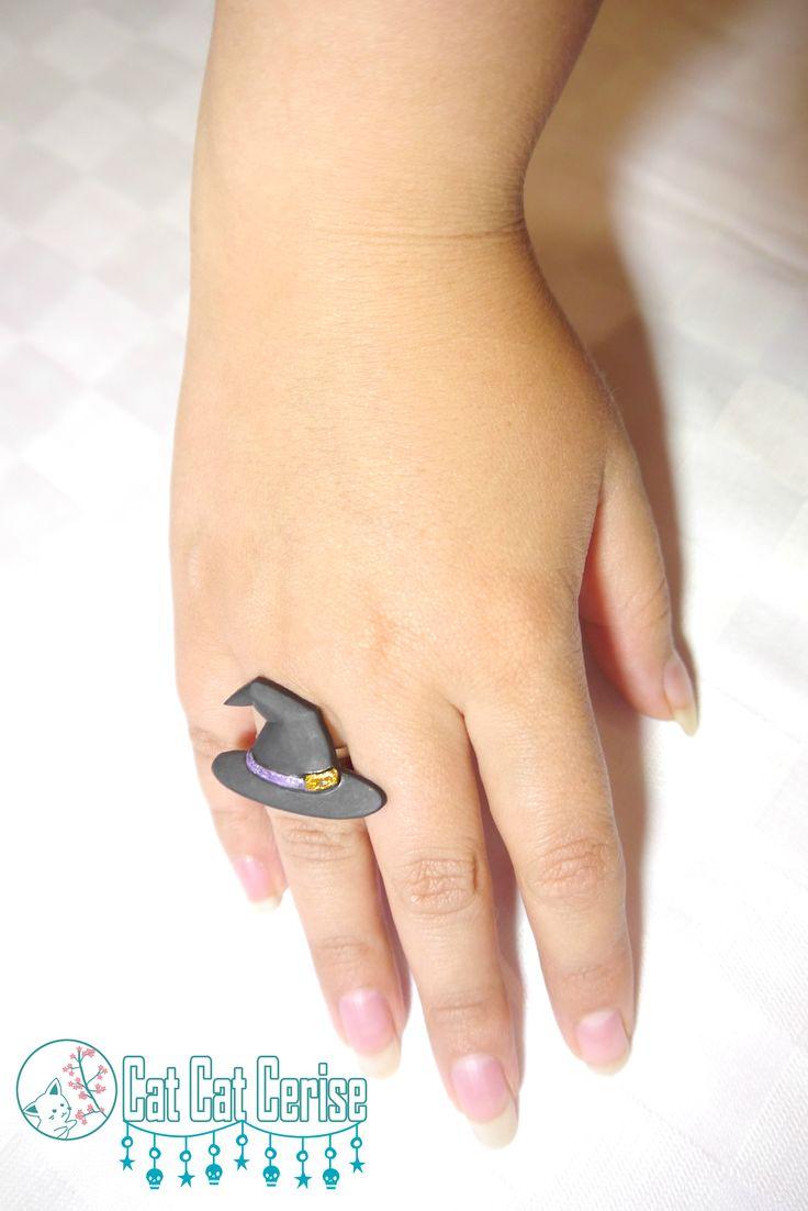 Anillo Bruja, pintado a mano. #handmade #ring #anillo #jewelry #halloween