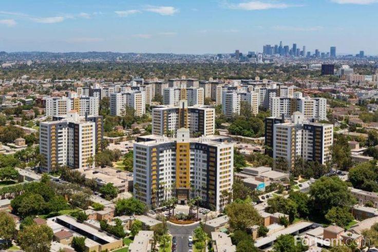Park La Brea apartments = Los Angeles