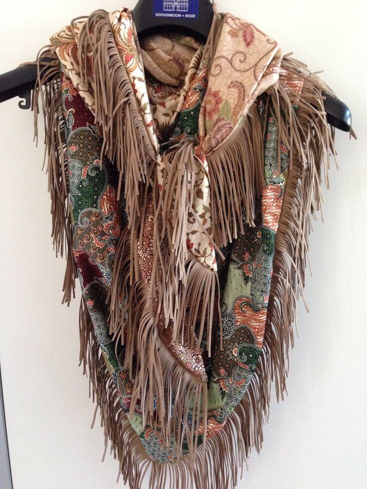 Sjaal Indonesië met franjes
