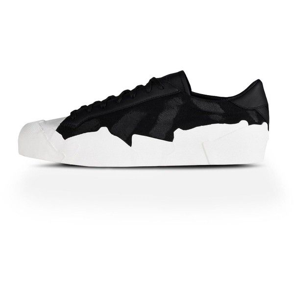 Adidas By Yohji Yamamoto Yy Takusan Low ($720) ❤ liked on Polyvore featuring men's fashion, men's shoes, men's sneakers, white, adidas mens shoes, mens white shoes, mens leather shoes, men's low top shoes and mens white sneakers