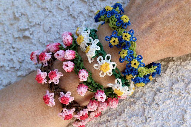 Flower Bracelets On The Rainbow Loom Caitlyn Pinterest