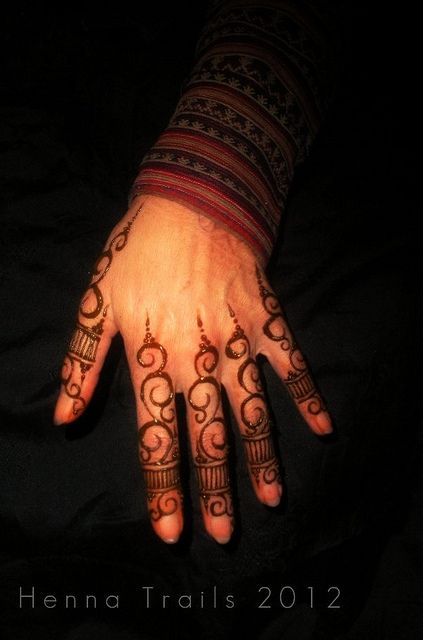 20 best easy henna images on pinterest henna tattoos for Best tattoo artists in northern california