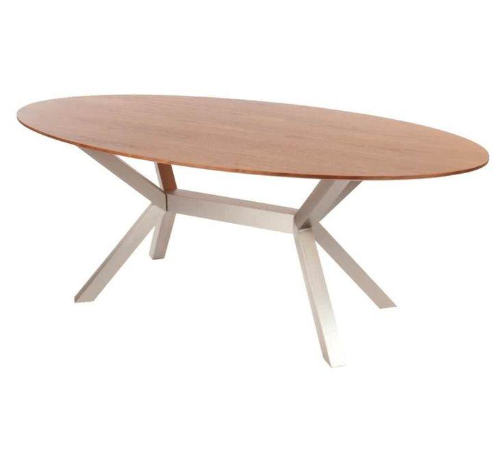 Aan deze ovale eettafel uit de collectie van Davidi Design zul jij en je familie gezellig genieten van eten. Dankzij de ovale vorm biedt de design eettafel veel zitplaatsen. Carola is de perfecte keuze als je op zoek bent naar een ovale eettafel. Niet alleen de vorm maar ook de materialen maken deze eettafel uniek. De stijlvolle frame van RVS geeft een moderne en trendy uitstraling aan deze design eettafel.