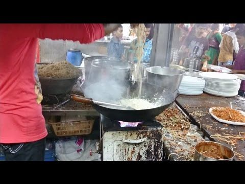 Mumbai Street Food Amazing Cooking Skills Chinese Hakka Noodles - Indian Street Food 2015 [HD 1080p] #MumbaiStreetFood #IndianStreetFood #Street #Food #Mumbai # India #Chinesefood