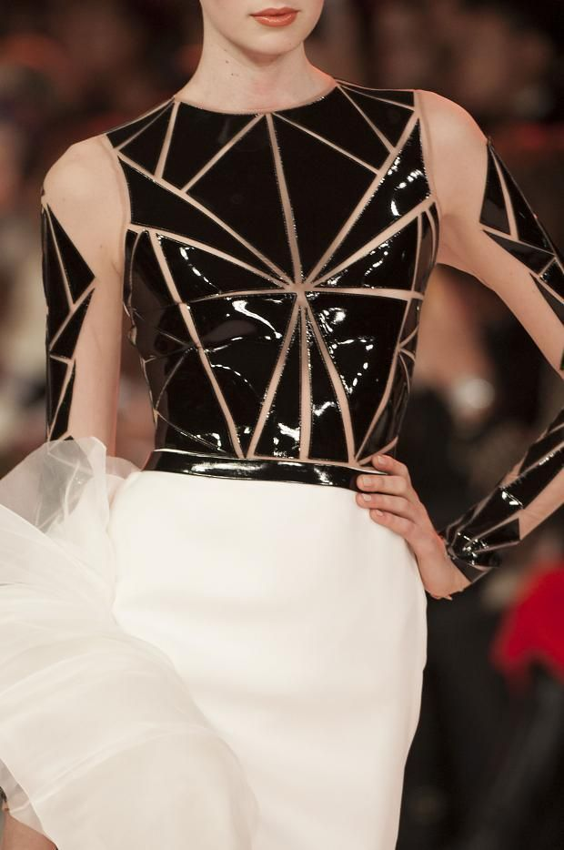 Geometric Fashion - tactile triangles & sheer fabric; bold fashion design details // Stephane Rolland Haute Couture