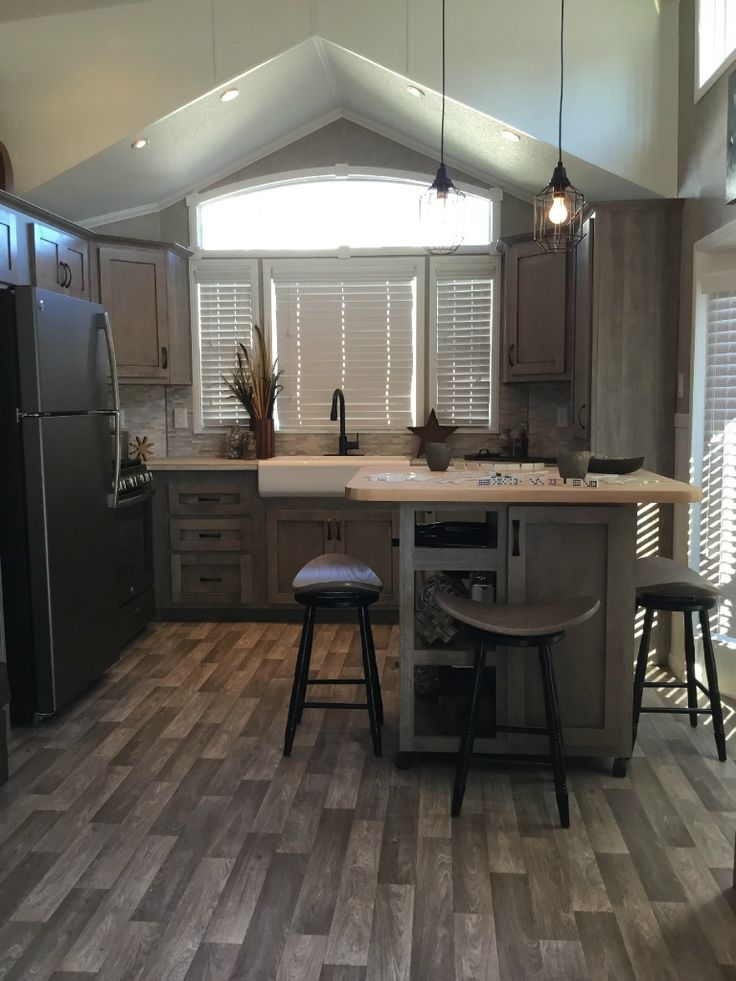 white kitchen cabinets photos 25 best ideas about park model homes on 28890