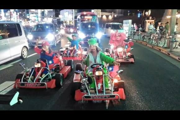Rent go-karts and ride around Akihabara! You can dress up in costumes and discover driving through Akihabara, Otaku paradise in Tokyo!  ※ You must have a Japanese drivers licence, Japanese SOFA licence, or an International Drivers Permit ※
