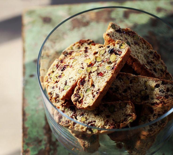 Pisztáciás-vörös áfonyás biscotti • Fördős Zé Magazin