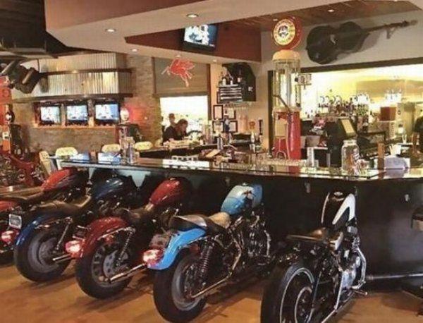 Eine Bar für Biker | Webfail - Fail Bilder und Fail Videos