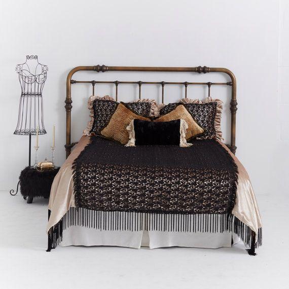 Bedding Decor Lace Velvet Bed Cover Soft Golden Creamy