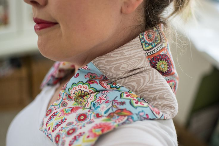 Sew up a heating pad for your neck and shoulders. Free  tutorial.