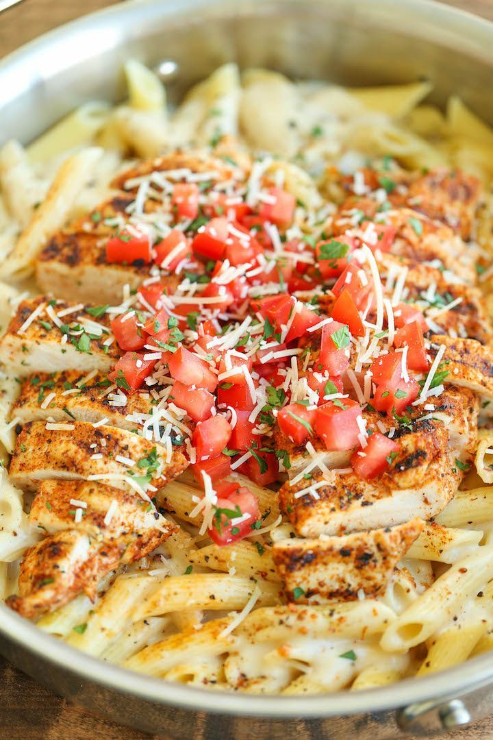 Cajun Chicken Pasta - Chili's copycat recipe made at home with an amazingly creamy melt-in-your-mouth alfredo sauce.