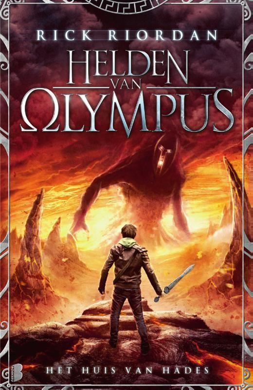 Van Rick Riordans debuutserie Percy Jackson en de Olympiërs en zijn tweede serie Helden van Olympus zijn wereldwijd 33 miljoen exemplaren in druk. Het huis van Hades is het vierde en voorlaatste deel over de helden van Olympus. Na de nagelbijtend spannende cliffhanger aan het einde van Het teken van Athena, zijn Percy en Annabeth in de onderwereld terechtgekomen. € 17,99