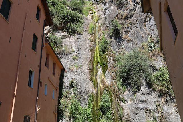 Pigna (IM), Corso de Sonnaz: vista sulla cascata,...