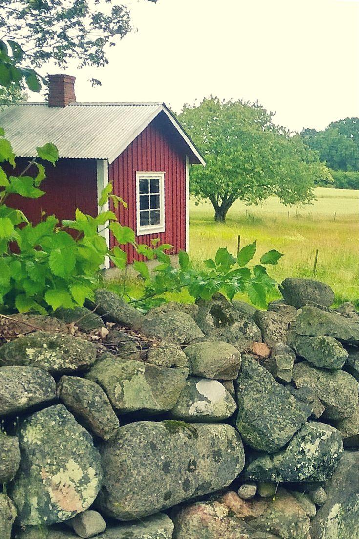 Willkommen in Schweden! Rotes Holzhaus auf der Schäreninsel Senoren. #schweden #schwedenhaus #senoren #schären