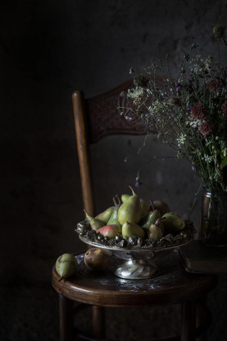 Pavlova Mess with Mascarpone & Pears 'Belle Hélene', and an Australia…