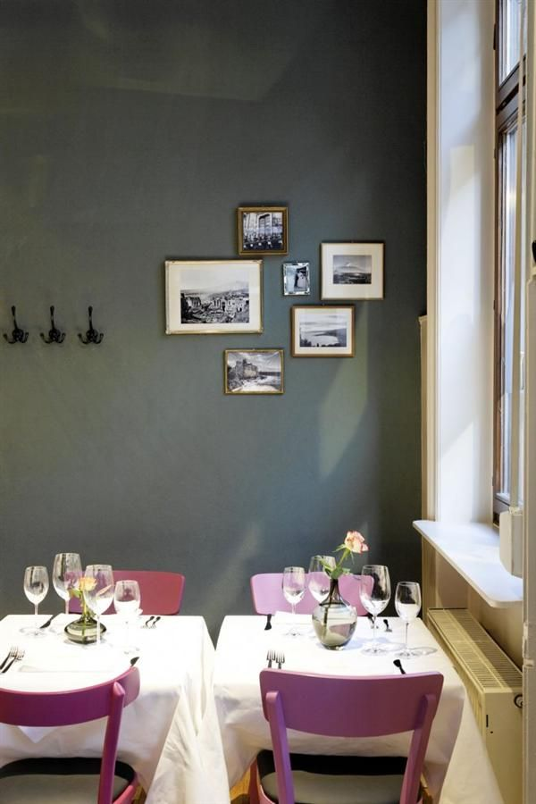vintage italian barcelona style dining. Cozy Corner Of Wine Store And Restaurant Interior In German Vintage Design Italian Barcelona Style Dining L