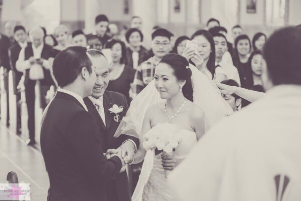 Pink Flower Ceremony Moments