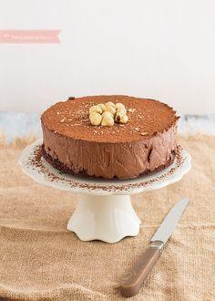 Si te gustan las tartas de chocolate, no puedes perderte esta receta paso a paso. Te enseñamos a hacer Tarta Stradivarius. No dejes de probar este rico postre.