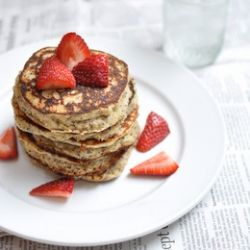 Gluten free lemon poppy seed pancakes and a yoghurt giveaway!