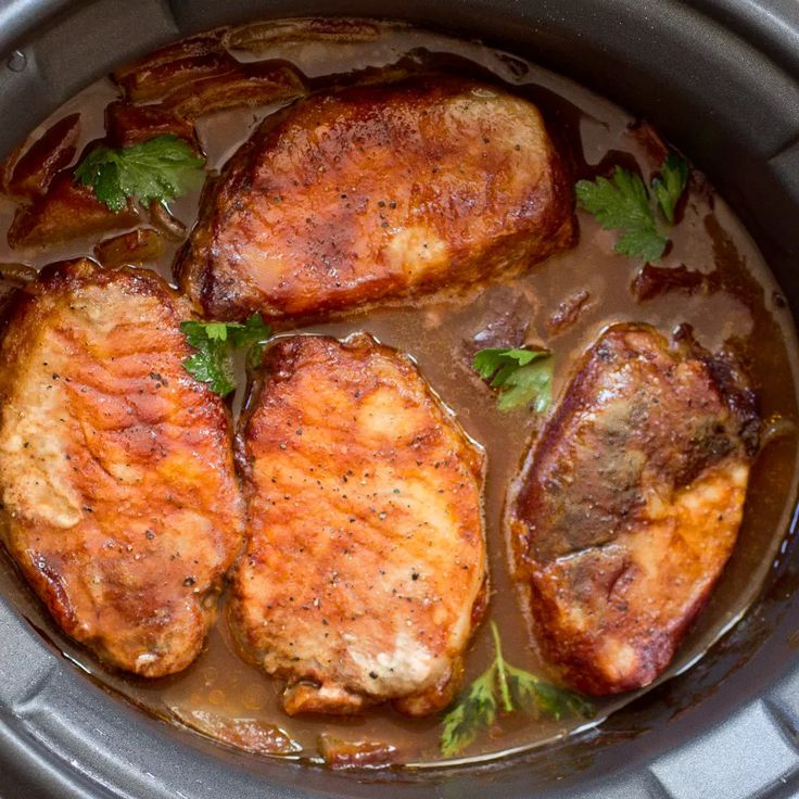 The Crockpot Pork Chops With Apples & Onions Your Family Will Devour