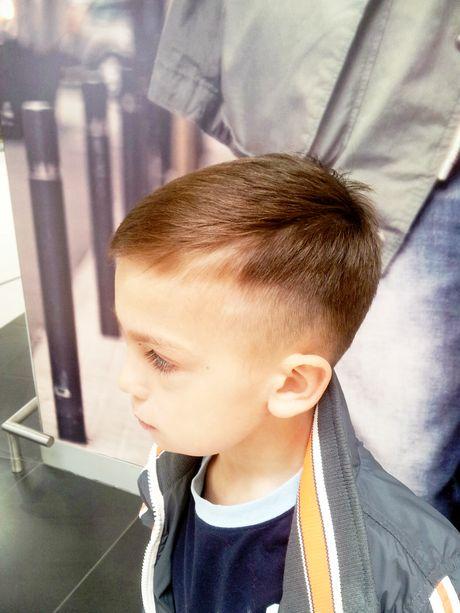 Fryzury dla chłopców 3 latka