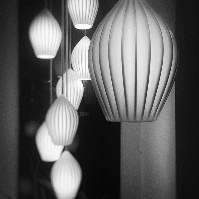 Original BTC • hier soir, j'étais invitée au showroom parisien @originalbtc pour découvrir leurs jolies collections. Et c'était tout simplement canon ! 😍 #decoration #lightingdesign #originalbtc #interior #inspiration #shopping #paris