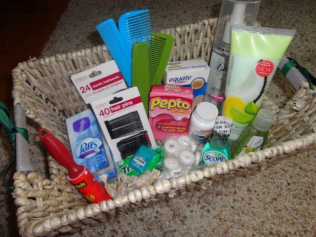 Best Last Minute Wedding Gifts: Best 25+ Wedding Bathroom Baskets Ideas On Pinterest