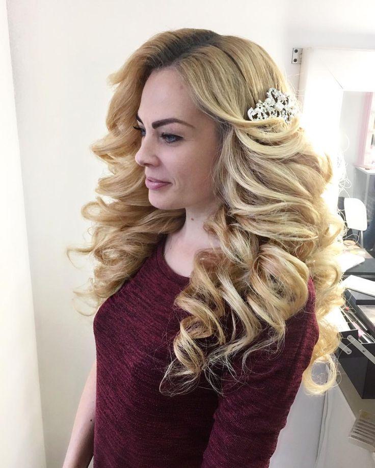 Барби Леночка) шикарные волосы ну прям идеально для наших фирменных локонов @grimerka_krd #моиклиенткисамыекрасивые#гримеркакраснодар#студиякрасотыкраснодар #девочкитакиедевочки #smokyeyes #hudabeauty #макияжкраснодар #makeupkrasnodar #прическакраснодар#свадебнаяприческакраснодар #красиваяприческа#вечерняяприческакраснодар#локоны#локоныкраснодар #кудри #кудрикраснодар#ломаныелоконы#собраннаяприческа#волны#голивудскиеволны#греческаяприческа