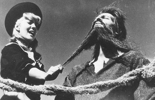 Luis Buñuel: 'Simón del desierto', 1965 - Silvia Pinal y Claudio Brook