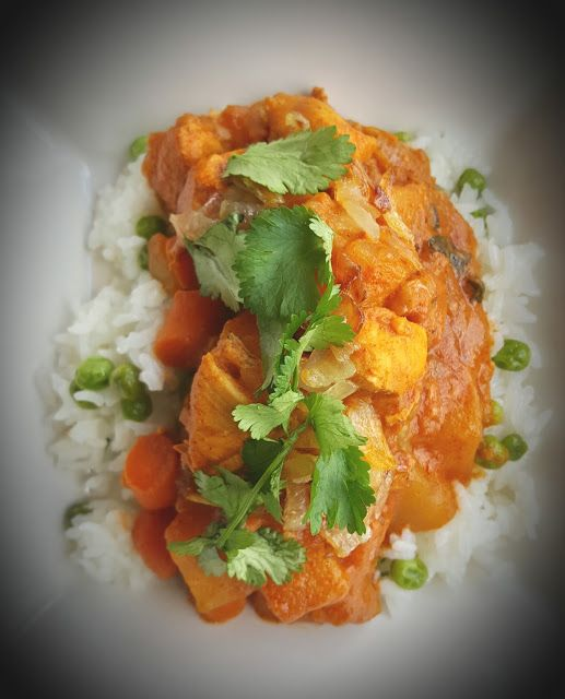 Slow Cooker Masala Chicken with Trader Joe's Masala simmer sauce