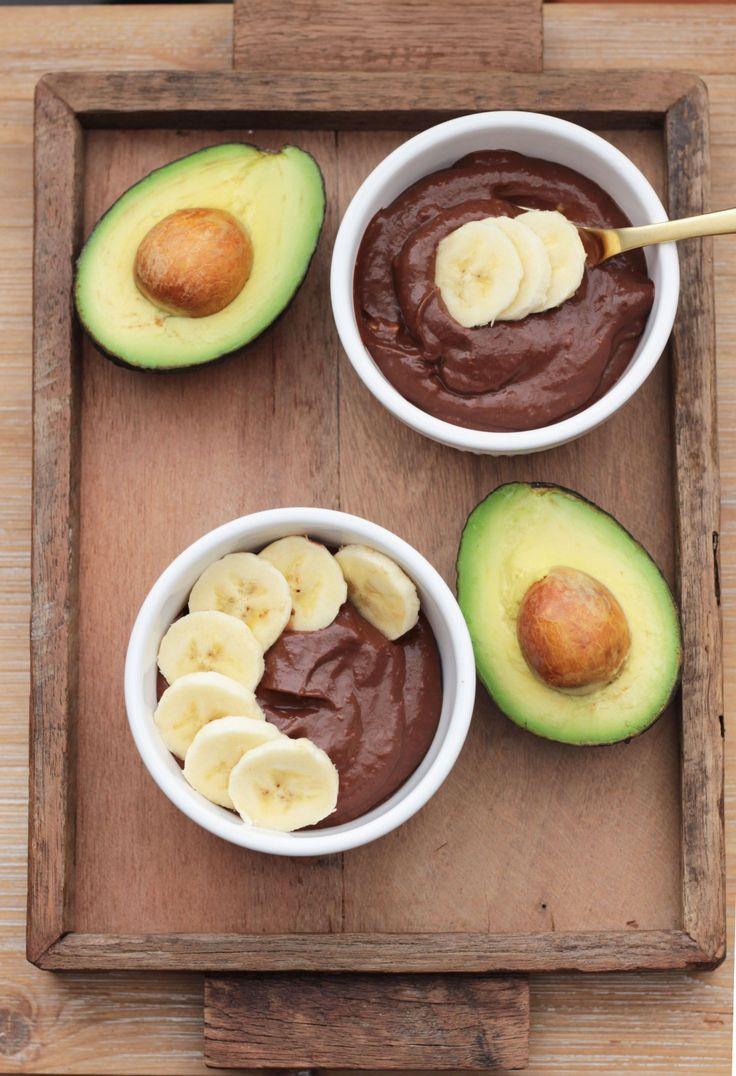 vegan avocado banana chocolate pudding | apolloandluna.com