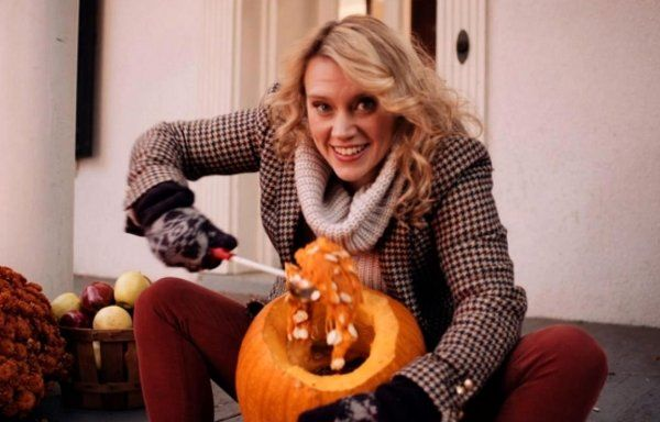SNL: Autumn's Eve Pumpkin Spice Douche (Video) This is gross but I was dying.