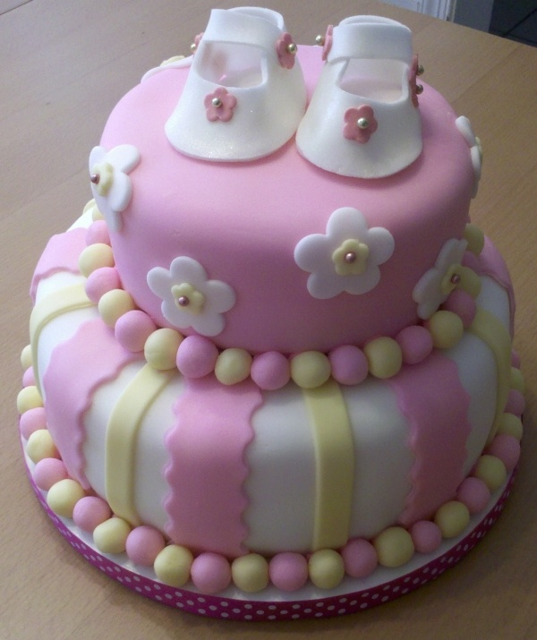 girl baby shower cakes baby girl cakes cakes baby showers pink baby